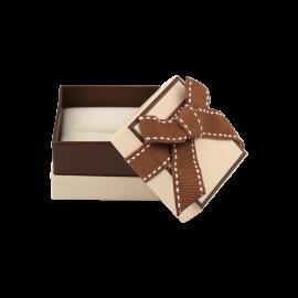 Футляр / упаковка ювелирных изделий классика квадрат беж