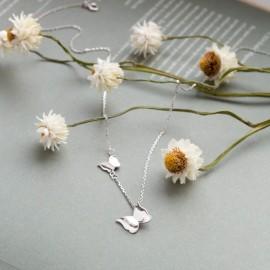 Колье серебряное две Бабочки без камней