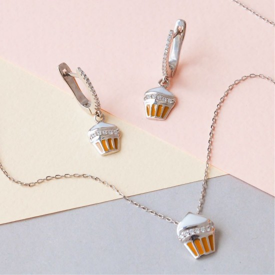 Комплект серебряный с эмалью Пирожное сережки и подвес ЛК-0180ер
