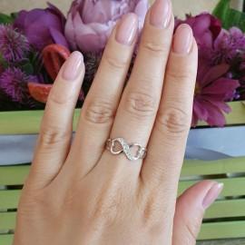 Кольцо серебряное Бесконечность из двух сердечек с камнями