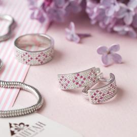 Серебряное кольцо узкий Орнамент розовые ромбы на белом