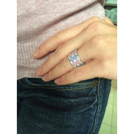 Серебряное кольцо широкий Орнамент розово-синие ромбы