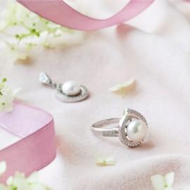 Серебряное кольцо с жемчугом Шелл