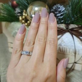 Серебряное кольцо с одним камнем Леди