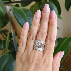 Серебряное кольцо широкое Кассандра